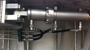 Ready-to-mount hydraulic cylinders made out of stainless steel for underwater operation